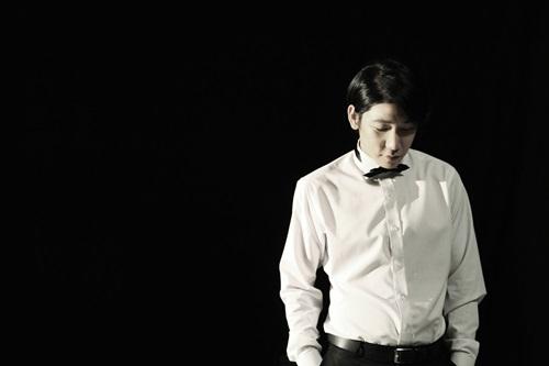 포티(예명 40·본명 김한준) / 1988년생 / 2011년 [Give You]데뷔 / 40company 대표 · YNB엔터테인먼트 소속.