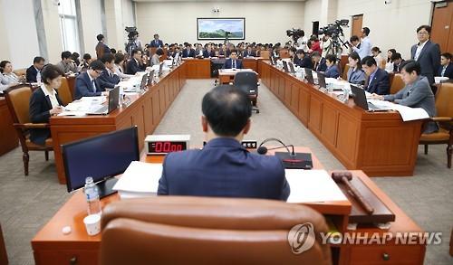 근로시간 단축/사진=연합뉴스