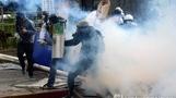 혼돈의 베네수엘라…반정부 시위서 청소년들 숨져