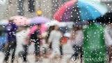 광복절에 몰아치는 비…일부지역 돌풍·천둥