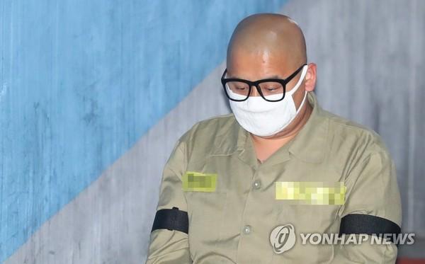 '어금니 아빠' 삭발한 모습/사진=연합뉴스