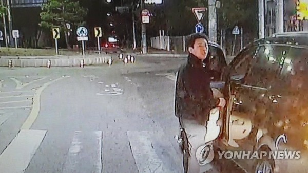 시내버스 블랙박스에 찍힌 박정태 / 사진=부산경찰청 제공