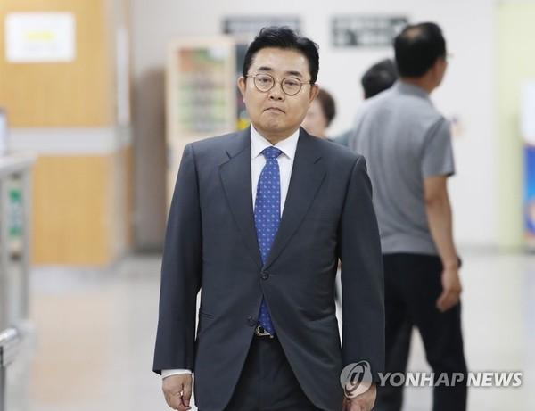 항소심 참석하는 전병헌 전 의원 / 사진=연합뉴스
