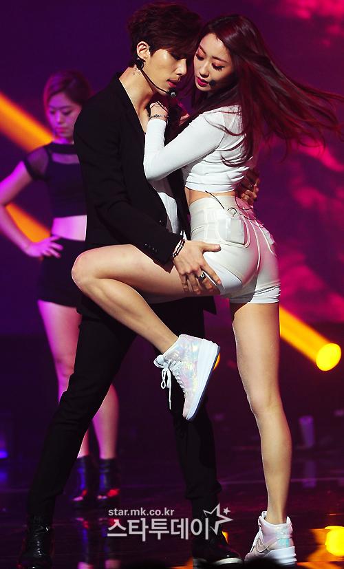 K-POPアイドルのエロい振り付け・ダンス動画  2 [転載禁止]©bbspink.comYouTube動画>654本 ->画像>352枚