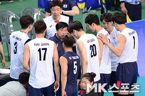 대표팀이 이란에 완패했다. 사진=MK스포츠 DB