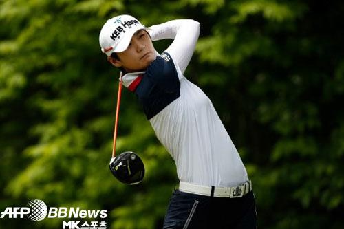 박성현은 LPGA 투어 KEB 하나은행 챔피언십 1라운드에서 버디 6개를 잡으며 6언더파 66타로 공동 선두에 올랐다. 사진=AFPBBNews=News1
