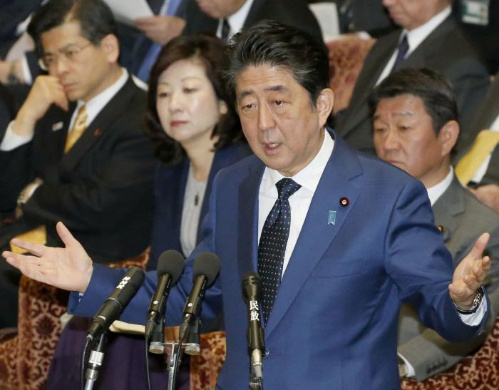 중의원서 답변하는 아베 일본 총리 [출처 = 연합뉴스]