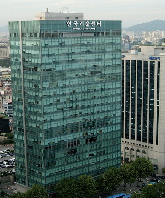 한국기술센터 빌딩 모습 [사진제공 = 한국부동산개발협회]