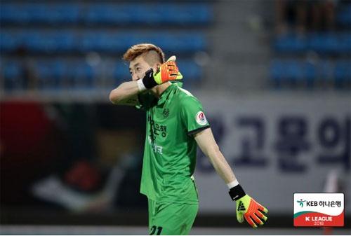 대구 FC의 꼴찌 탈출을 이끈 조현우. 사진=한국프로축구연맹 제공