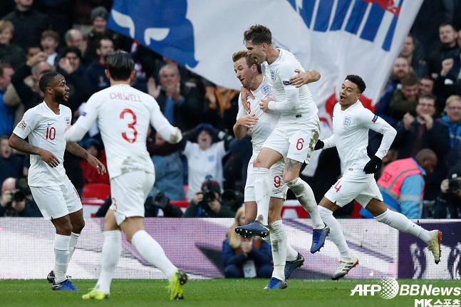 잉글랜드 크로아티아전 득점 후 기뻐하는 선수들. 사진(영국 런던)=AFPBBNews=News1