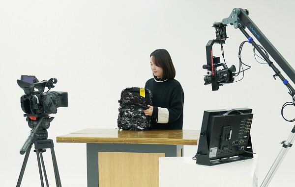 신세계TV쇼핑 모바일 전용 스튜디오. [사진 제공=신세계그룹]