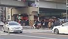 운행 중 '쾅!'…당산역  고가에 끼인 2층 버스